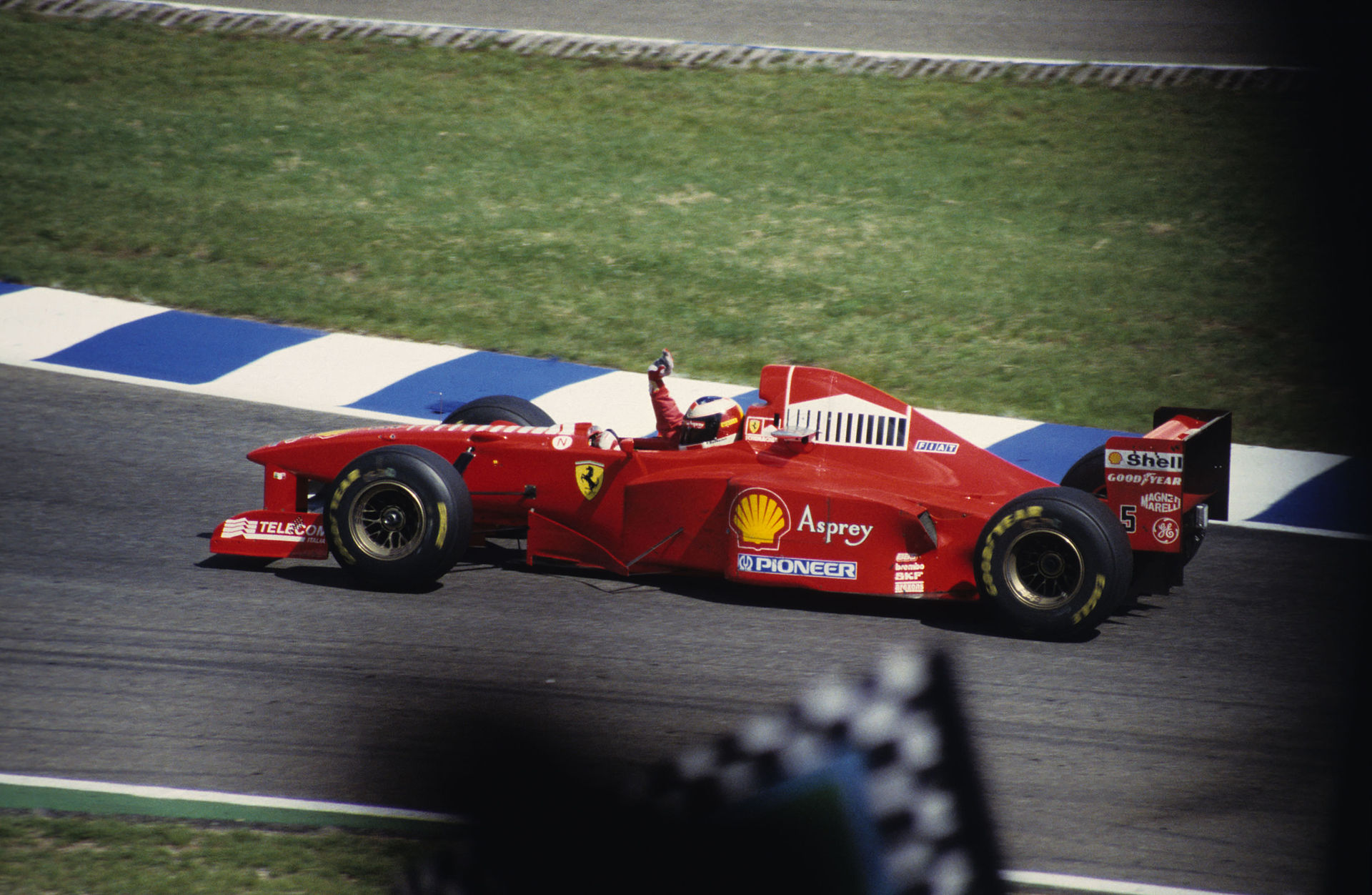 Michael_Schumacher_1997.jpg